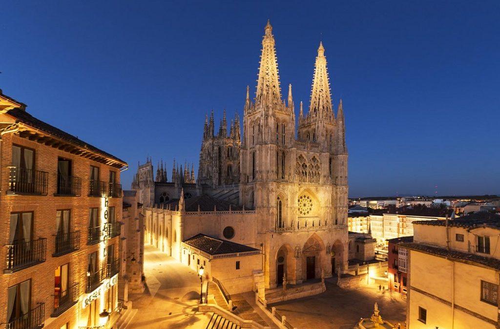La catedral de Burgos, epicentro de la primera etapa de la XL Vuelta a Burgos
